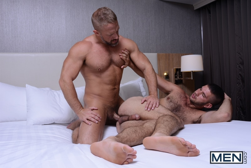 Men-com-Jimmy-Fanz-young-man-gay-Daddy-Hunt-dating-app-hooks-up-online-hot-daddy-Dirk-Caber-fuck-ass-014-tube-download-torrent-gallery-sexpics-photo