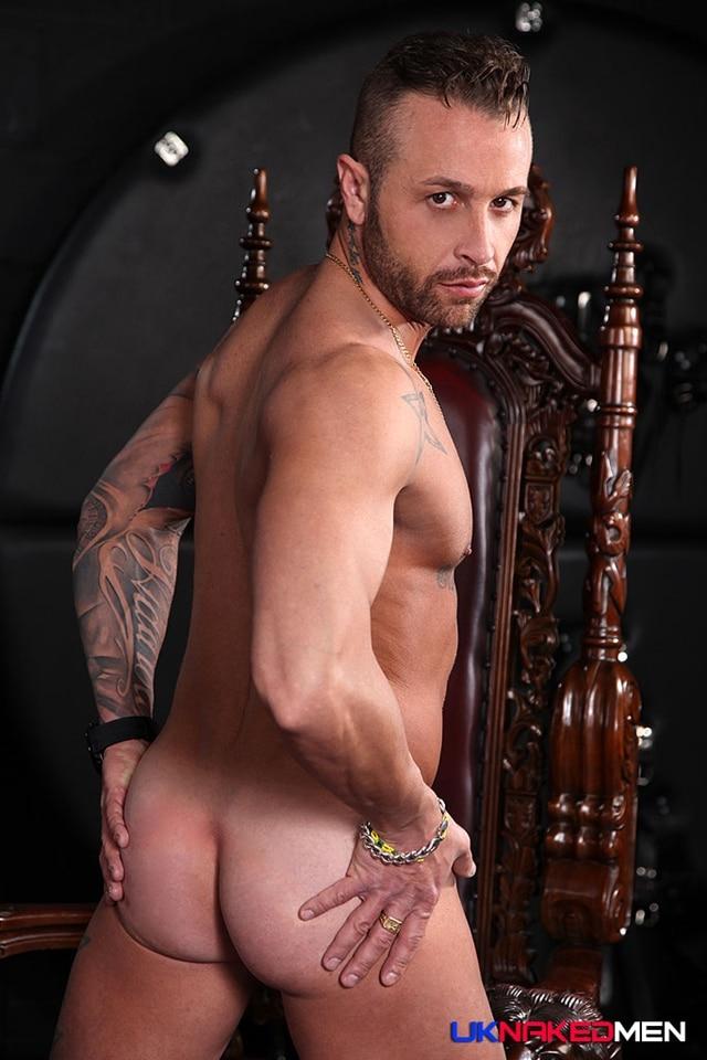 UKNakedMen-Spanish-tattooed-hunk-Frank-Valencia-exhibitionist-uncut-cock-ripped-body-tattoos-011-male-tube-red-tube-gallery-photo