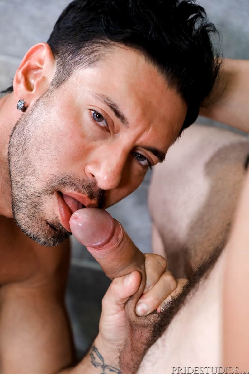 Alexander-Garrett-sucks-Angel-Ventura-big-cock-rims-hot-ass-wet-tongue-fucking-ExtraBigDicks-009-Gay-Porn-Pics