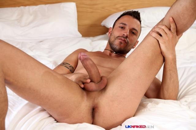 Juan-Perez-UKNakedMen-hairy-young-men-muscle-studs-British-gay-porn-English-Guys-Uncut-Cocks-08-gallery-video-photo