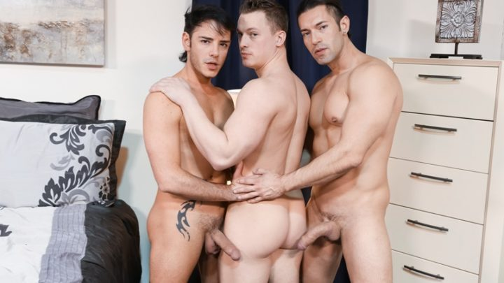 Hardcore ass fucking trio with Alexander Garrett, Rego Bello and Tommy Regan