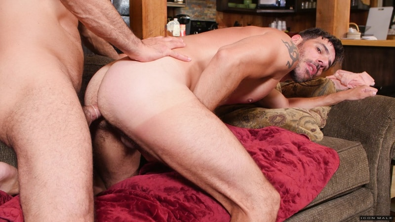 Adam Russo fucks Tony Salerno's muscular jock ass