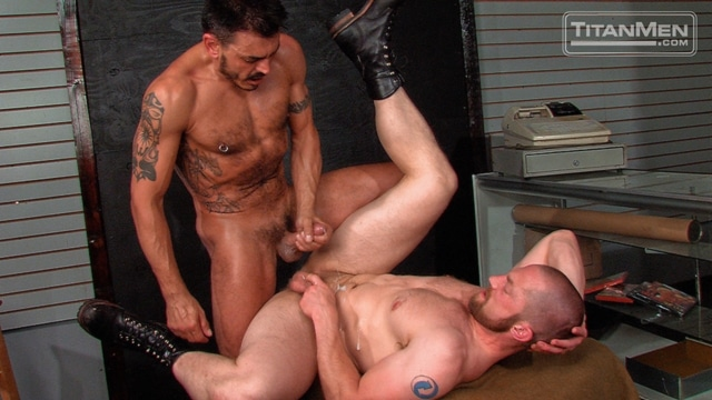 Adam-Herst-and-Collin-Stone-Titan-Men-gay-porn-stars-rough-older-men-anal-sex-muscle-hairy-guys-muscled-hunks-08-gallery-video-photo