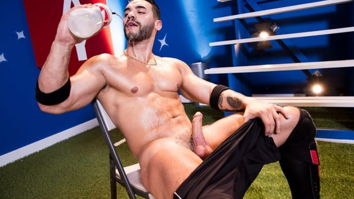 Johnny V takes every inch of Arad Winwin's veiny cock down his throat