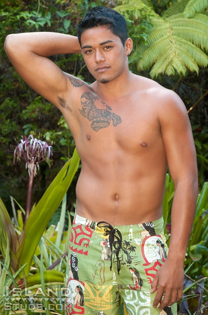 IslandStuds-Keoni-sexy-20-year-old-hairless-bubble-butt-ass-hole-jerking-rock-hard-Hawaiian-dick-cumshot-naked-young-boy-003-tube-download-torrent-gallery-sexpics-photo
