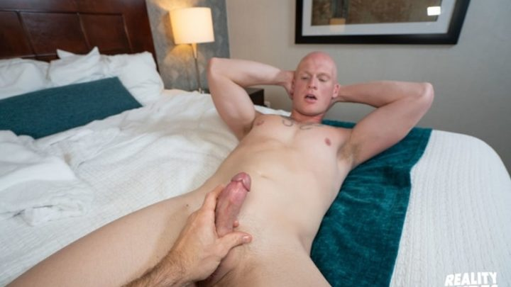 Str8 Chaser with Roman Eros