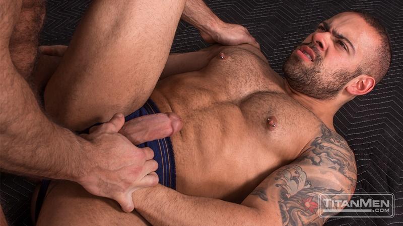 titanmen-naked-older-matur-muscle-men-parole-officer-jesse-jackman-fucks-ass-parolee-lorenzo-flexx-big-thick-long-dick-cocksucker-013-gay-porn-sex-gallery-pics-video-photo